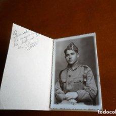 Militaria: FOTOGRAFÍA DE MILITAR DEL REGIMIENTO CAZADORES DE FARNESIO - VALLADOLID - 1950. Lote 98989907