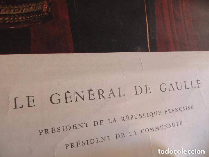 Militaria: RARO GRAN RETRATO OFICIAL DEL GENERAL DE GAULLE COMO PRESIDENTE DE LA REPUBLICA FRANCESA. AÑOS 60. - Foto 2 - 99187215