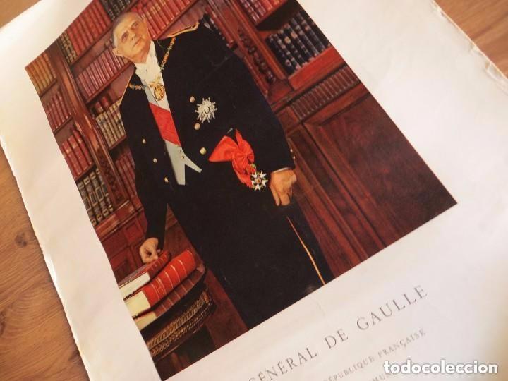 Militaria: RARO GRAN RETRATO OFICIAL DEL GENERAL DE GAULLE COMO PRESIDENTE DE LA REPUBLICA FRANCESA. AÑOS 60. - Foto 6 - 99187215