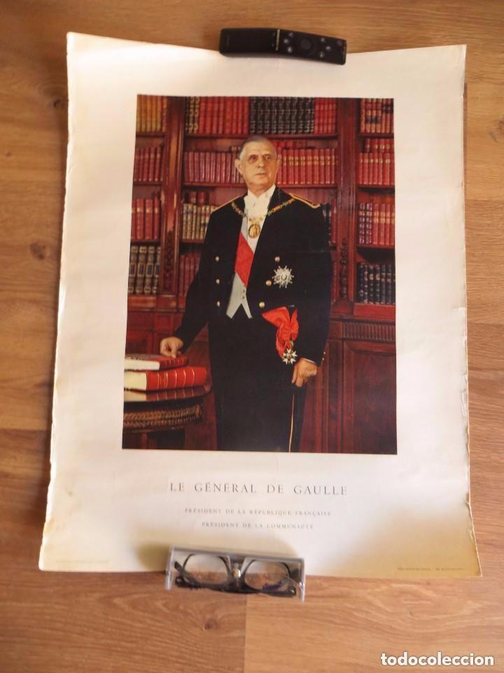 Militaria: RARO GRAN RETRATO OFICIAL DEL GENERAL DE GAULLE COMO PRESIDENTE DE LA REPUBLICA FRANCESA. AÑOS 60. - Foto 10 - 99187215