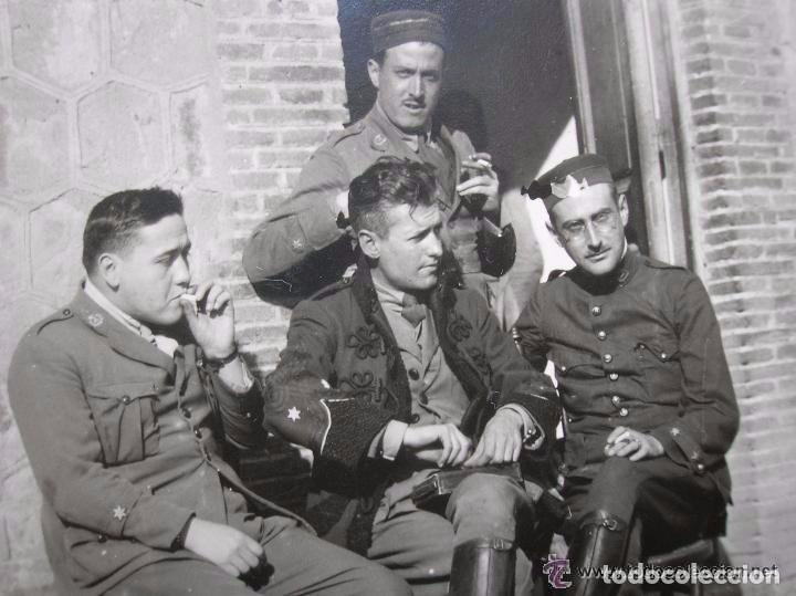 FOTOGRAFIA DE UN GRUPO DE OFICIALES. FECHADA EN EL AÑO 1922. EPOCA DE ALFONSO XIII. (Militar - Fotografía Militar - Otros)