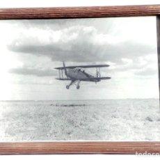 Militaria: FOTOGRAFÍA GUERRA CIVIL AVIÓN BÜCKER BÜ 131 JUNGMANN - 23 X 19,5 CM- AVIACIÓN. Lote 99383371