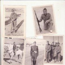 Militaria: LOTE 6 FOTOS SOLDADOS SOBRE LO S AÑOS 50. Lote 99739579