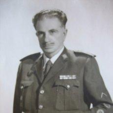 Militaria: FOTOGRAFÍA GENERAL DE BRIGADA DEL EJÉRCITO ESPAÑOL. LAUREADA COLECTIVA. Lote 99836311