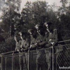 Militaria: SUBOFICIALES DE LA WEHRMACHT DE PERMISO EN VERANO. AÑO 1941. Lote 99872639