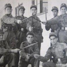 Militaria: FOTOGRAFÍA SOLDADOS DEL EJÉRCITO ESPAÑOL. VALLADOLID 1959. Lote 99906547
