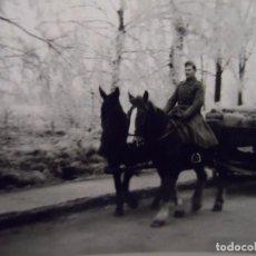 Militaria: SOLDADO MONTADO EN CABALLO DE CARRO DE SUMINISTROS AR REG 41. 5º D. INF. ULM-RENANIA. AÑOS 1939-45 . Lote 100334051