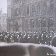 Militaria: FOTOGRAFÍA SOLDADOS DEL EJÉRCITO ESPAÑOL. DESFILE DE LA VICTORIA MADRID. Lote 101235467