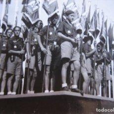 Militaria: FOTOGRAFÍA FRENTE JUVENTUDES. VETERANO DIVISIÓN AZUL. Lote 101717111