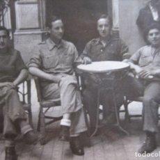 Militaria: FOTOGRAFÍA SOLDADOS DEL EJÉRCITO NACIONAL. BARCELONA 1939. Lote 101775055