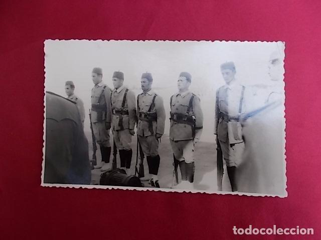 ANTIGUA FOTOGRAFIA MILITAR. FOTO GARCIA. MELILLA. 1957. (Militar - Fotografía Militar - Otros)