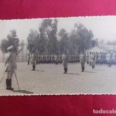 Militaria: ANTIGUA FOTOGRAFIA. MILITAR. FOTO GARCIA. MELILLA. 1956.. Lote 102074147