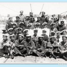 Militaria: DOTACIÓN DEL SUBMARINO C-2. CARTAGENA, CA1930. FOTO CASAÚ - COPIA AÑOS 1970. Lote 102282819