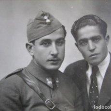 Militaria: FOTOGRAFÍA SOLDADO ARTILLERÍA DEL EJÉRCITO ESPAÑOL. FOTÓGRAFO ALFONSO. Lote 102651435