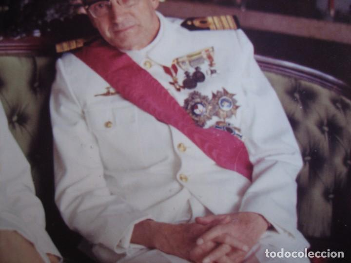 Militaria: Fotografía capitán de navío. Emblema especialista submarinos Armada - Foto 3 - 104182655