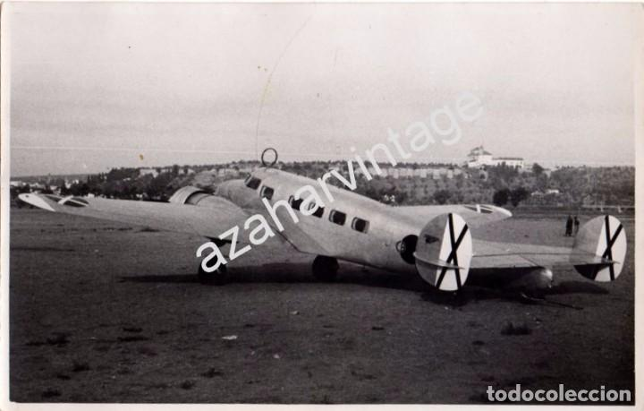 Militaria: SEVILLA, GUERRA CIVIL, AERODROMO DE TABLADA,AVION DE LA AVIACION LEGIONARIA,195 X125MM - Foto 1 - 104395627
