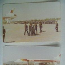 Militaria: AVIACION : LOTE DE 2 FOTOS DE GENERAL RECIBIDO EN AEROPUERTO, AVION DE IBERIA, TROPAS. ETC. Lote 107457383