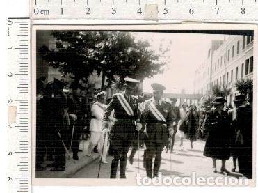 FOTOGRAFÍA DE GENERALES BANDA MEDALLAS ETC.... MILITAR (Militar - Fotografía Militar - Otros)