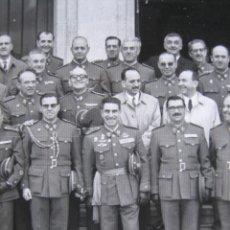 Militaria: FOTOGRAFÍA TENIENTE CORONEL DEL EJÉRCITO ESPAÑOL. VETERANO DIVISIÓN AZUL. Lote 109199403