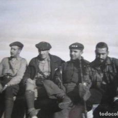 Militaria: FOTOGRAFÍA OFICIALES REQUETES. GUERRA CIVIL. Lote 109402719