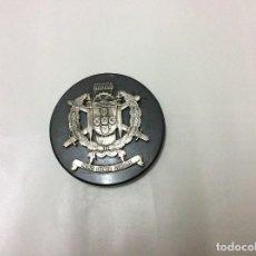 Militaria: EXCELENTE MEDALLA ANTIGUA CON LAS ARMAS DE LOS TALLERES GENERALES DE FARDADO Y EQUIPAMIENTO - OGFE. Lote 109755263