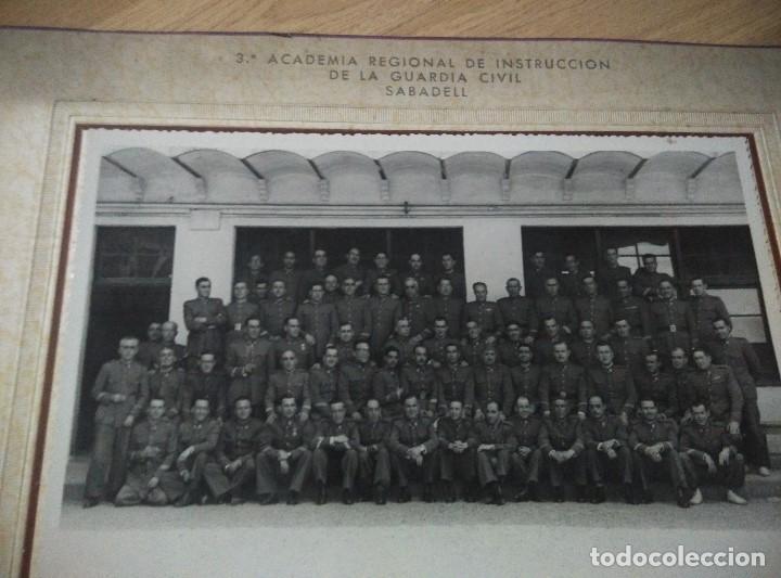 ANTIGUA FOTO 3ª ACADEMIA REGIONAL DE INSTRUCCION DE LA GUARDIA CIVIL DE SABADELL, 23,5 X 18,5 CM (Militar - Fotografía Militar - Otros)