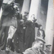 Militaria: FOTOGRAFÍA CAPITÁN DEL EJÉRCITO NACIONAL. BRIGADAS NAVARRAS BILBAO. Lote 110149811