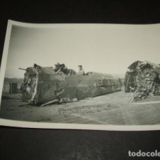Militaria: LEON GUERRA CIVIL CAMPO DE AVIACION AVION LEGION CONDOR HEINKEL 45 CODIGO 15-35 ACCIDENTE FOTOGRAFIA. Lote 110294679