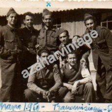 Militaria: SEVILLA, AERODROMO DE TABLADA, AVIACION , TRANSMISIONES, LOTE 2 FOTOGRAFIAS,88X60 CMS. Lote 110897407