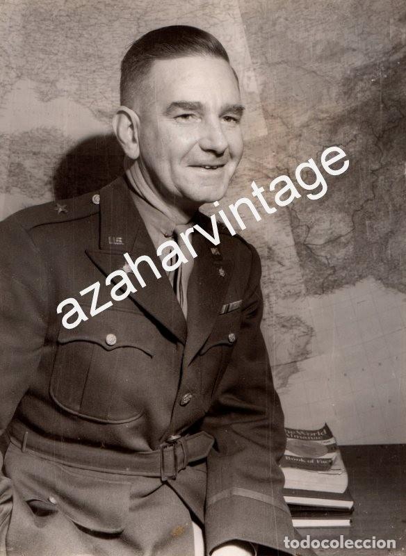 WWII, BRIGADIER GENERAL ROBERT A.MCCLURE, JEFE DE INTELIGENCIA DE EISENHOWER,155X205MM (Militar - Fotografía Militar - II Guerra Mundial)