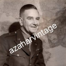 Militaria: WWII, BRIGADIER GENERAL ROBERT A.MCCLURE, JEFE DE INTELIGENCIA DE EISENHOWER,155X205MM. Lote 111037599