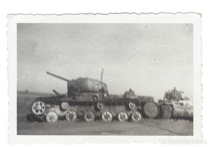 CARROS DE COMBATE EN EL FRENTE RUSO (Militar - Fotografía Militar - II Guerra Mundial)