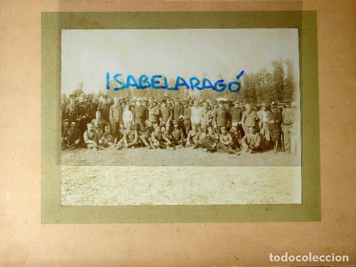 FG-314. REGIMIENTO LANCEROS DE LA REINA, FOTO DE GRUPO CON JEFES, OFICIALES Y SOLDADOS. AÑO 1903. (Militar - Fotografía Militar - Otros)