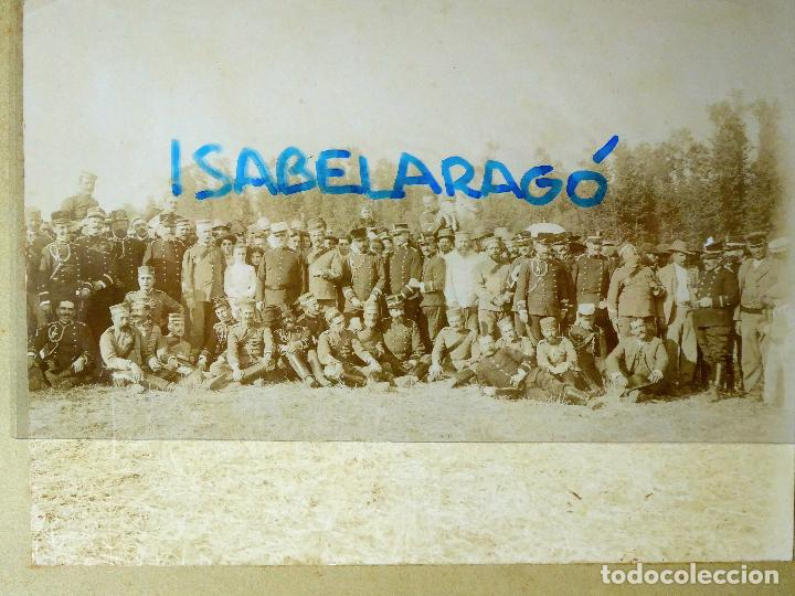Militaria: FG-314. REGIMIENTO LANCEROS DE LA REINA, FOTO DE GRUPO CON JEFES, OFICIALES Y SOLDADOS. AÑO 1903. - Foto 2 - 112983259
