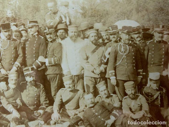 Militaria: FG-314. REGIMIENTO LANCEROS DE LA REINA, FOTO DE GRUPO CON JEFES, OFICIALES Y SOLDADOS. AÑO 1903. - Foto 8 - 112983259