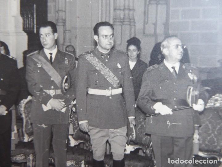 FOTOGRAFÍA OFICIAL DEL EJÉRCITO ESPAÑOL. MEDALLA DEL MÉRITO MILITAR INDIVIDUAL (Militar - Fotografía Militar - Otros)