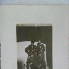 Militaria: GUERRA CIVIL : FOTO DE GUARDIAS DE ASALTO DE LA REPUBLICA ARMADOS.. Lote 113323607