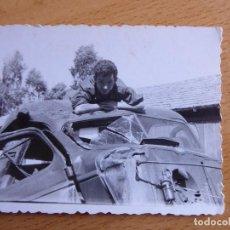 Militaria: FOTOGRAFÍA SOLDADO AUTOMOVILISMO DEL EJÉRCITO ESPAÑOL. CEUTA. Lote 113336307