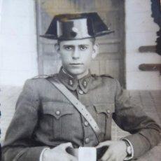 Militaria: FOTOGRAFÍA JOVEN GUARDIA. VALDEMORO 1946. Lote 115616495