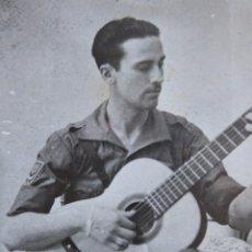 Militaria: FOTOGRAFÍA SOLDADO DEL EJÉRCITO NACIONAL. PARCHE CUERPO DE EJÉRCITO MARROQUÍ. Lote 116168431