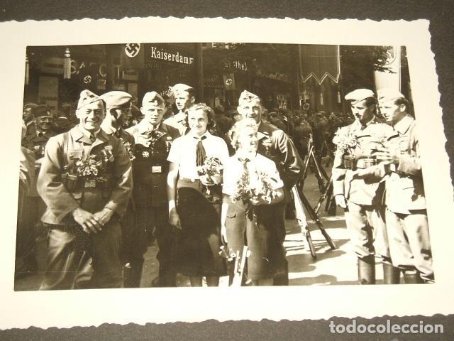Militaria: HAMBURGO ALEMANIA 4 FOTOGRAFIAS REGRESO LEGION CONDOR POR SARGENTO ALEMAN GOERING Y SPERRLE - Foto 2 - 117015895