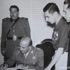 Militaria: FOTOGRAFÍA SOLDADO DEL EJÉRCITO ESPAÑOL. VETERANO DIVISIÓN AZUL. Lote 117470167