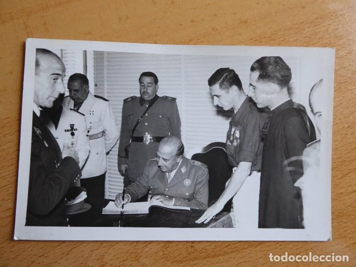Militaria: Fotografía soldado del ejército español. Veterano División Azul - Foto 2 - 117470167
