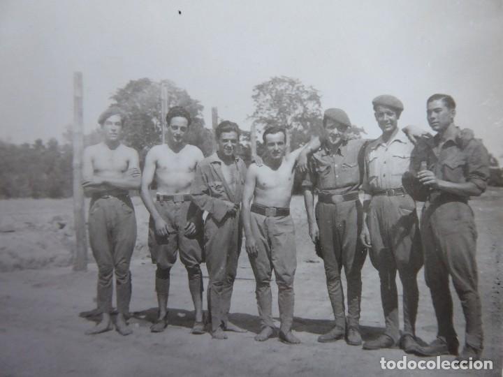 FOTOGRAFÍA SOLDADOS DEL EJÉRCITO ESPAÑOL. SEVILLA 1939 (Militar - Fotografía Militar - Otros)