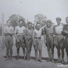 Militaria: FOTOGRAFÍA SOLDADOS DEL EJÉRCITO ESPAÑOL. SEVILLA 1939. Lote 117472815
