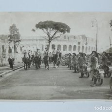 Militaria: FOTOGRAFIA DE EL DUCE, MUSSOLINI, DESFILANDO JUNTO A LOS BERSAGLIERI, II GUERRA MUNDIAL, MOTORISTAS. Lote 117620867