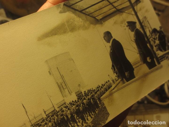 LOTE DOS FOTOS LEGION PATIO CUARTEL MELILLA CAZADORES BATASLLON DESFILE (Militar - Fotografía Militar - Guerra Civil Española)