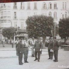 Militaria: FOTO ANTIGUA GARCIA PASCUAL AVD. DEL GENERALISIMO Nº 12 DESFILE DE LA LEGION MANDOS. Lote 118481655