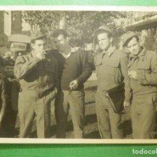 Militaria: FOTOGRAFÍA MILITAR - 7,5 CM. X 10,5 CM. - GRUPO MILITARES DE BONITO. Lote 118747931