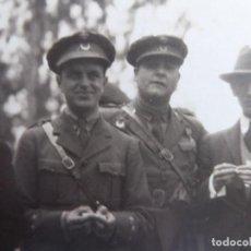 Militaria: FOTOGRAFÍA CAPITÁN REGULARES.. Lote 119311647